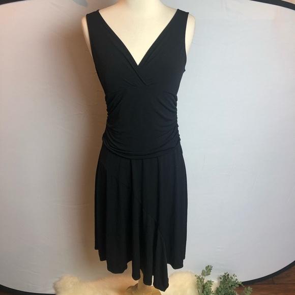 BCBGMaxAzria Dresses & Skirts - BCBGMaxAzria little black dress
